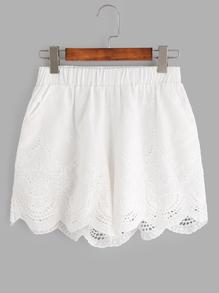 white-lace-shorts